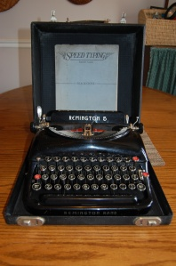 Manual typewriter: what a find!